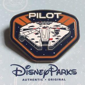 Disney Parks Star Wars Millennium Falcon Pilot Pin